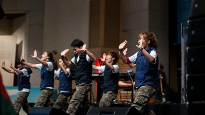 """Father's Love"" – 15μελές χορευτικό σύνολο από την Κορέα στο CosmoVision Center"